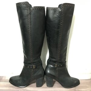 UGG Claudine Black Tall Leather Boots. Size 6.5